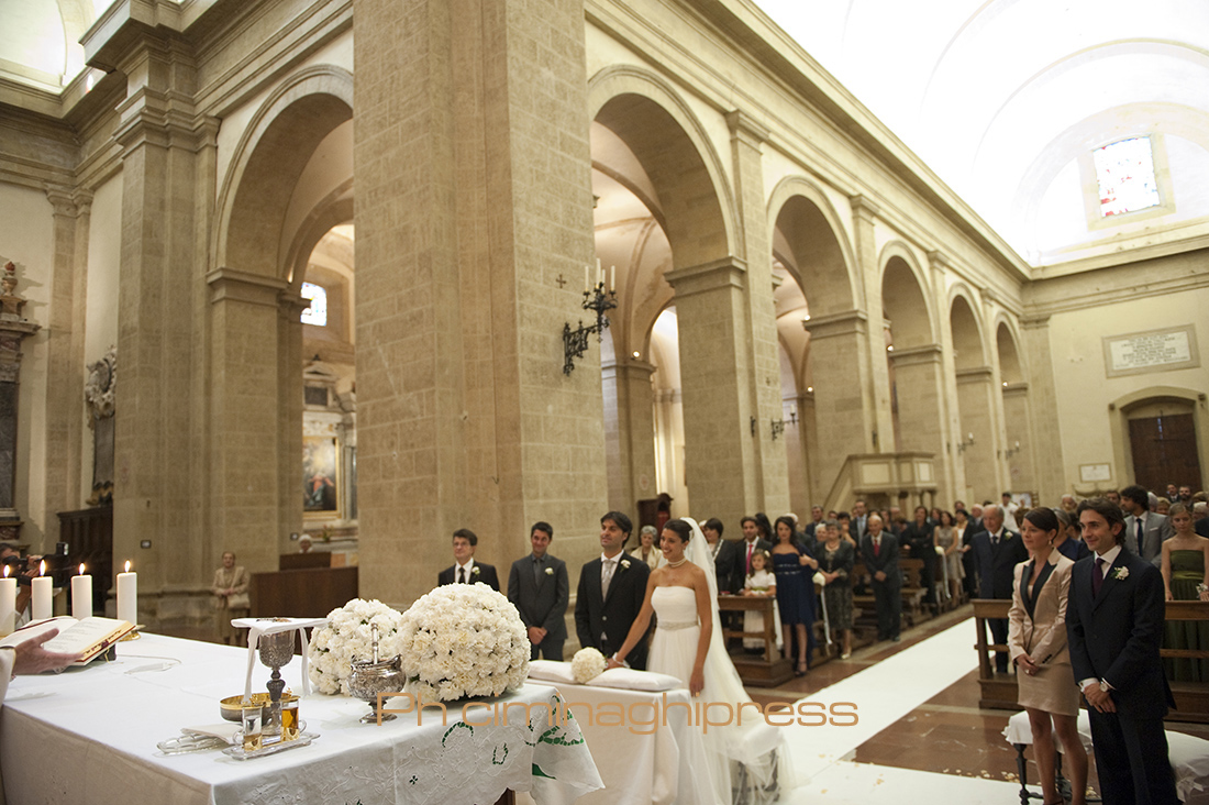 Matrimonio A Toscana : Ciminaghipress matrimonio montepulciano siena toscana
