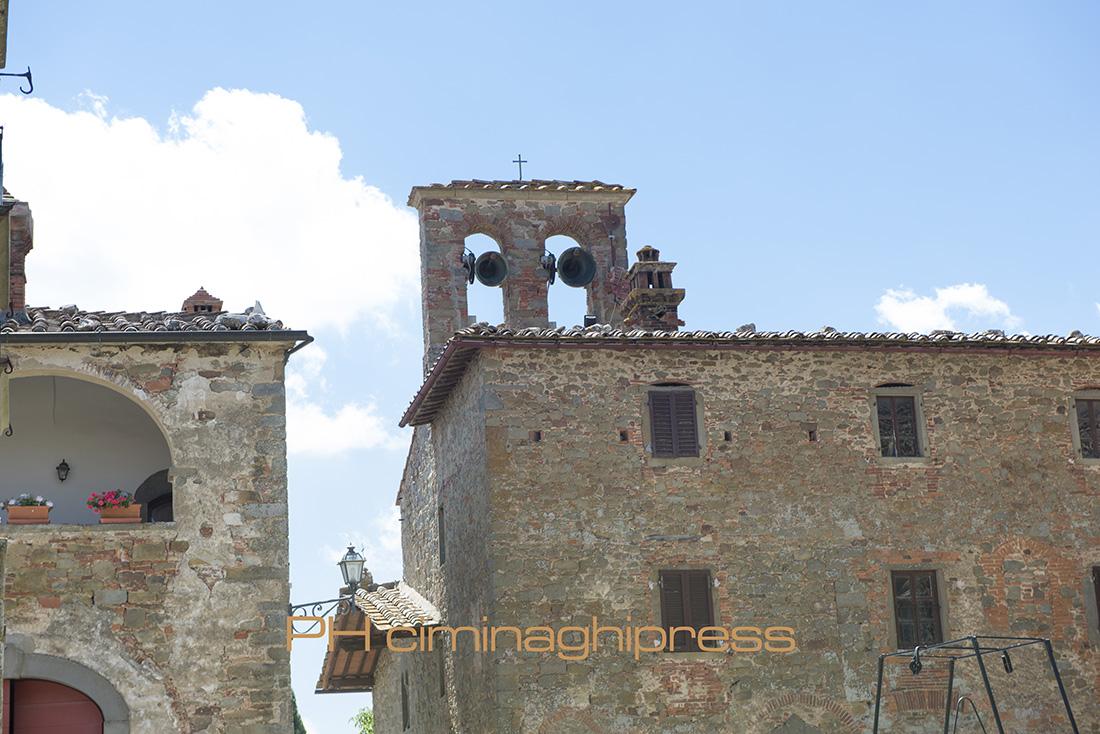 Matrimonio Toscana Castello : Ciminaghipress matrimonio castello di gargonza monte
